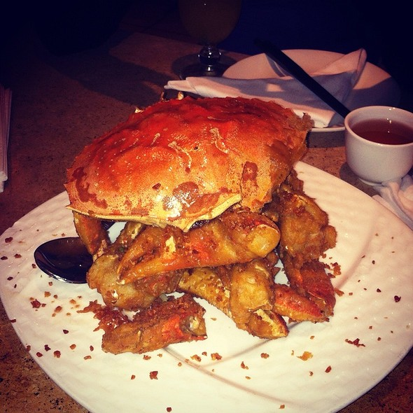 Fried Crab @ R & G Lounge