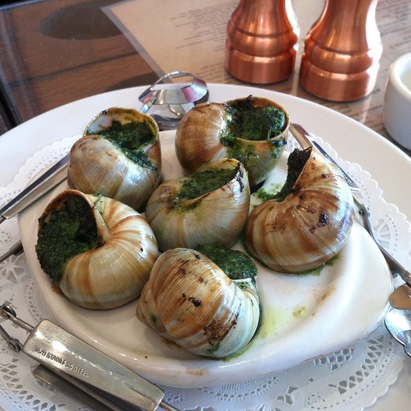 Escargot @ Chez Maman West
