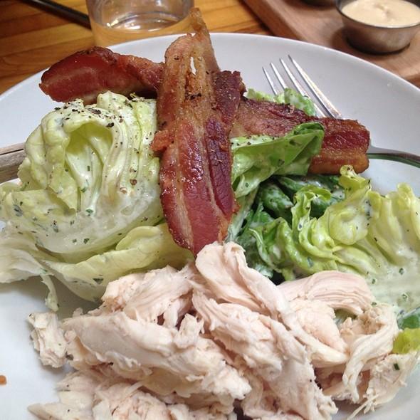 Bibb Lettuce Salad @ Starbelly