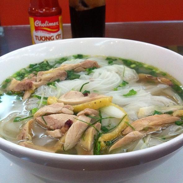 Pho Ga - Hanoi Pho Chicken @ Lan Vien