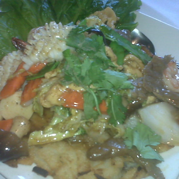 Cantonese Pan Fried Noodles @ Saigon On Fifth