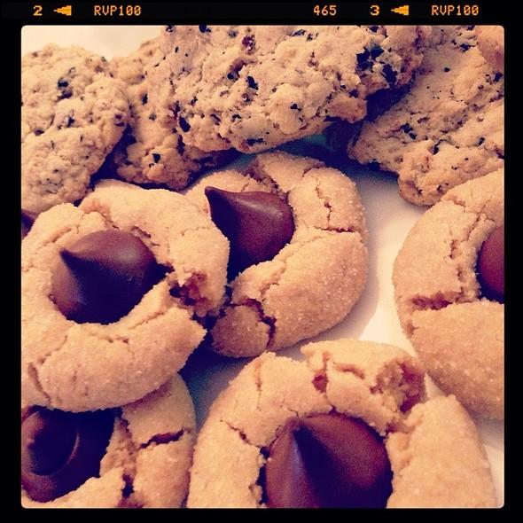 Cookies - CJ's Grill, Mammoth Lakes, CA