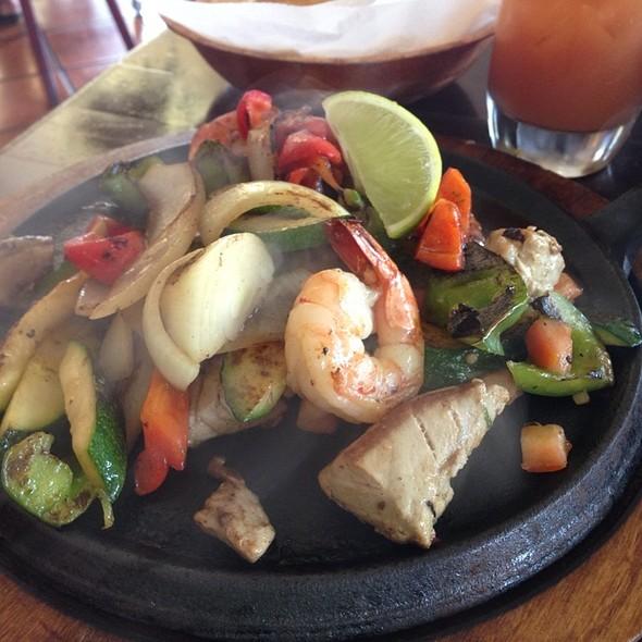 Seafood Fajita @ Monicos Taqueria