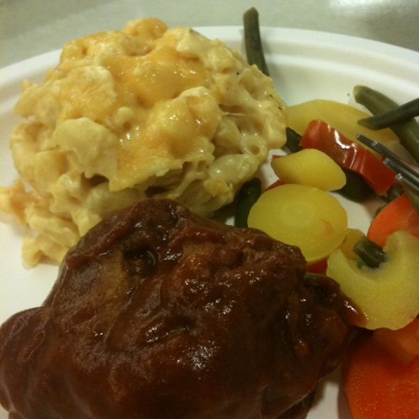 Chicken Riblets, Mac And Cheese