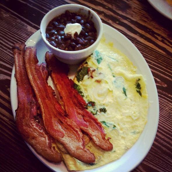 Omelette Bizco With Black Beans And Bacon @ Gato Bizco Cafe