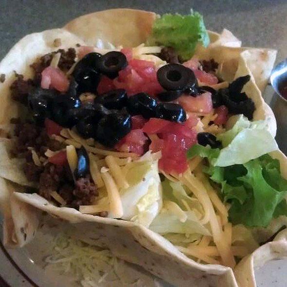 Taco Salad @ Banning's Restaurant & Pie House