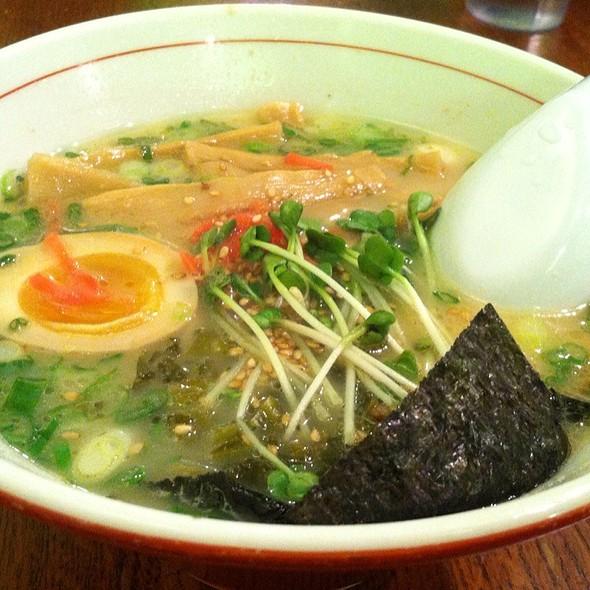 Tonkotsu Ramen @ Zen Restaurant