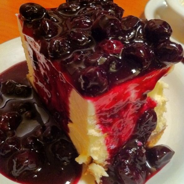 Heavenly Cheesecake w/Blueberries @ Stonefire Grill