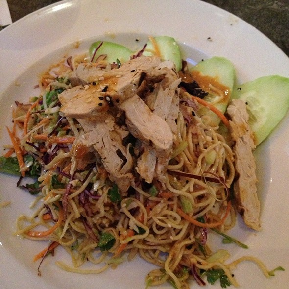 Attractive The Yard House Palm Beach Gardens Part   20: Thai Noodle Salad With Gardein  At