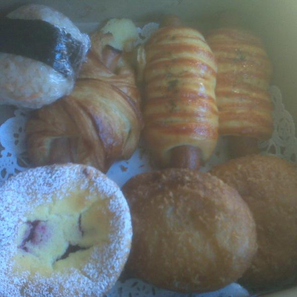 Pastry Smorgasbord @ Cream Pan