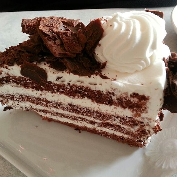 Dream Cake with Dark Chocolate @ Cafe Laufer
