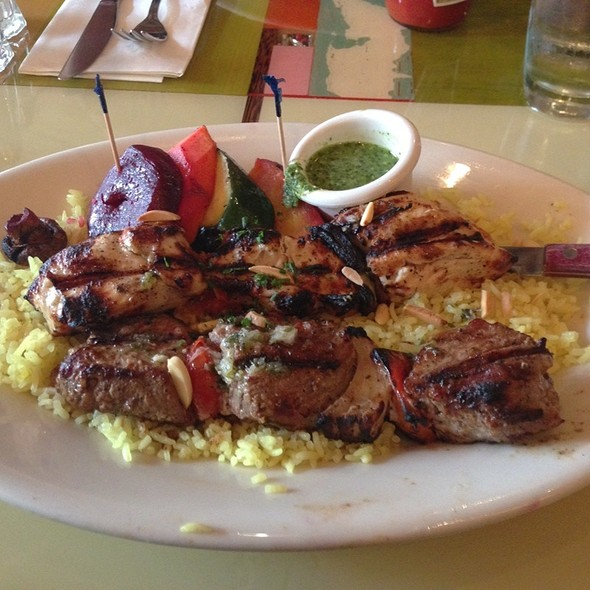 Mo @ Dishdash Restaurant