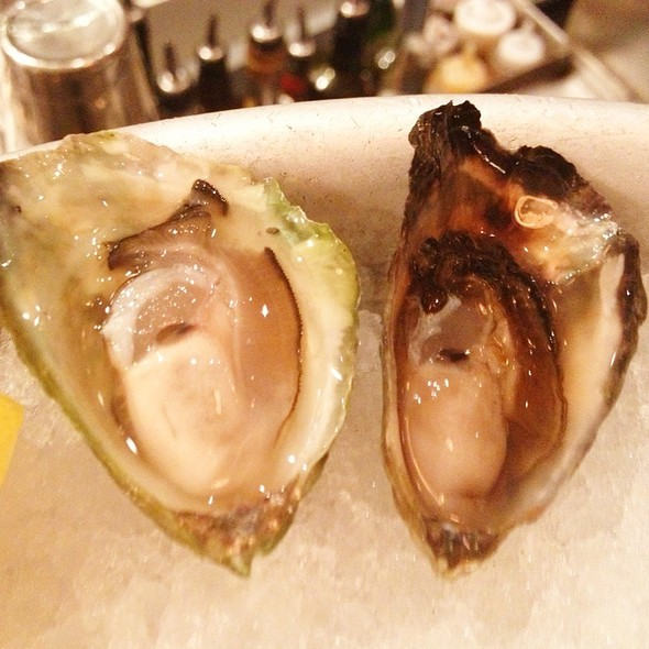 Olympia Oysters @ The Walrus and the Carpenter