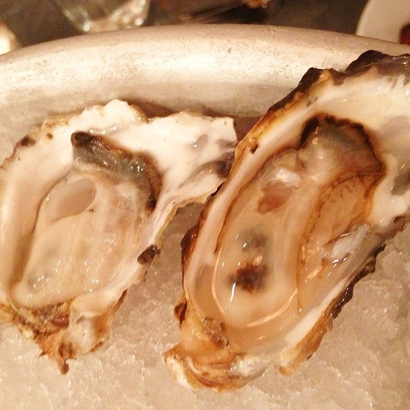 Snow Creek Oysters @ The Walrus and the Carpenter