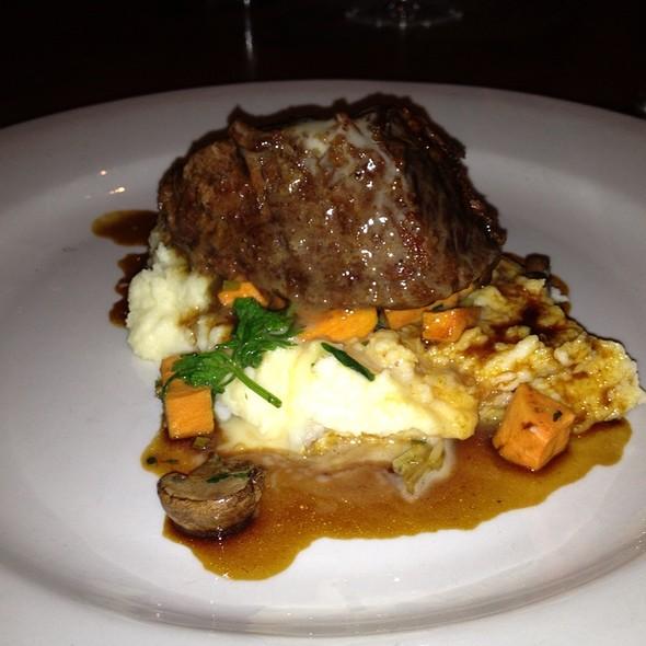 beef short ribs @ Beckett's Table