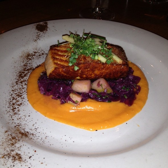 Salmon @ Beckett's Table