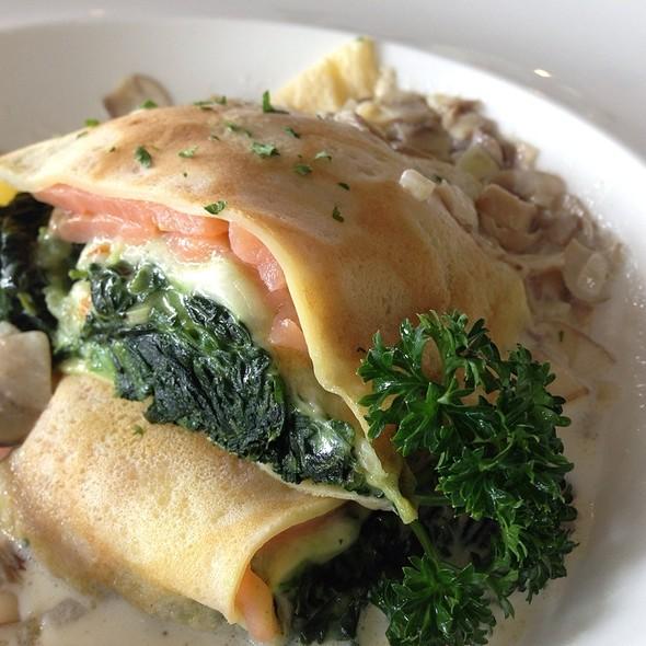 Salmon Crepe @ Anna & Charlie's Café