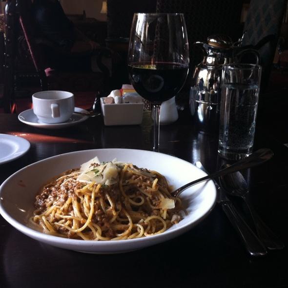 Spaghetti Bolognese @ Chateau Marmont