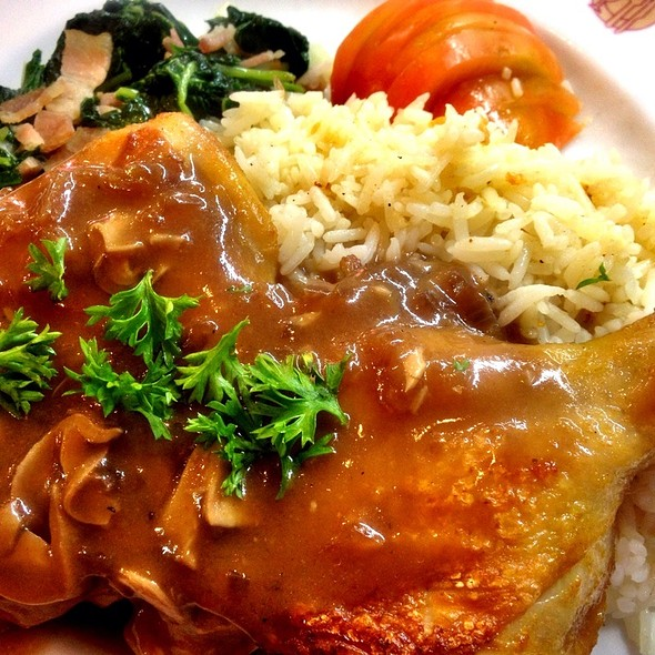 Roasted Chicken Leg With Red Wine Mushroom Sauce Sauted Spinach And Buttered Rice  @ Took Lae Dee