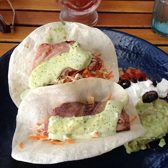 fish tacos @ Duke's Kauai Restaurant & Barefoot Bar