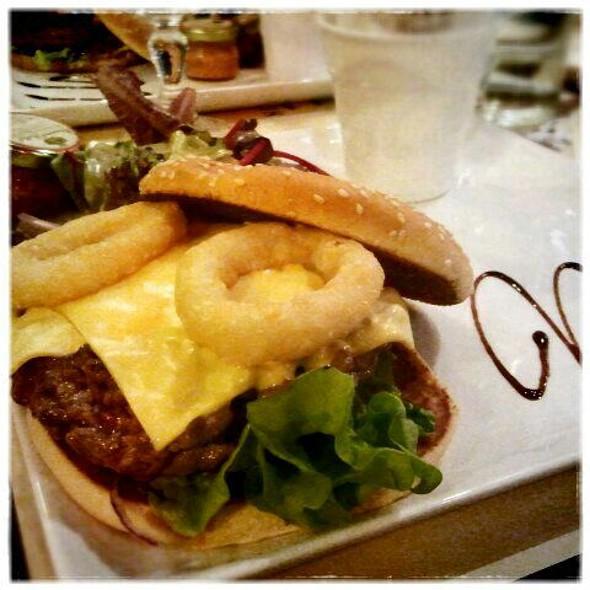 Charolais Burger