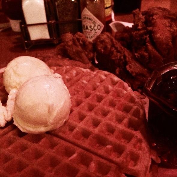 'SCOE #2 @ Roscoe's House of Chicken & Waffles