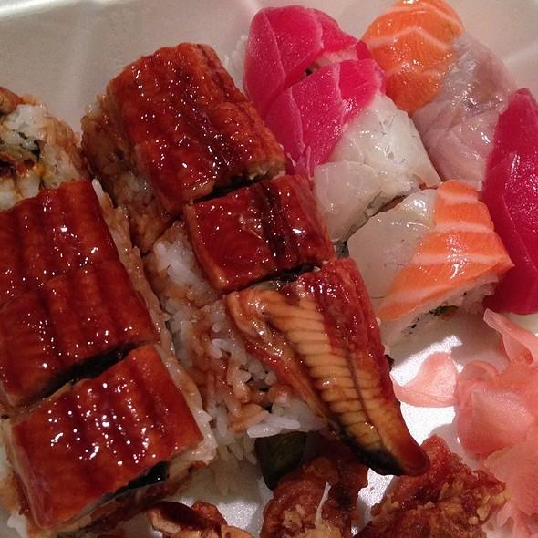 Rainbow Sushi Roll @ Nakashima of Japan