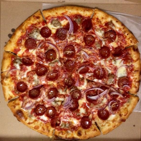 Pizza Calabrese @ Nicoletta Pizzeria