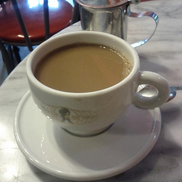 Coffee @ Cafe Lutecia