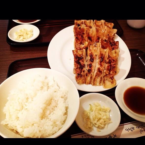 大皿餃子ライス @ スヰートポーヅ