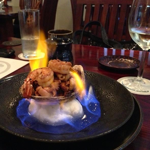 Flaming Seafood Platter @ Samurai Restaurant