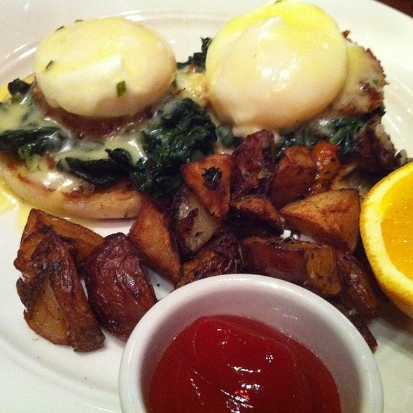 Crab Benedict - Icon Grill, Seattle, WA