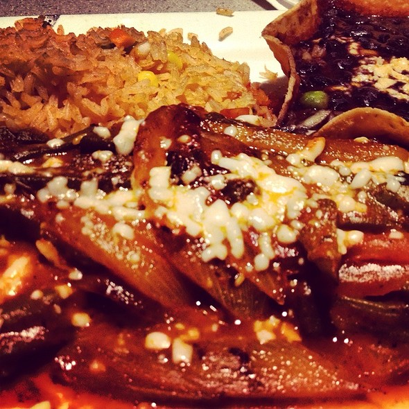 Arracherra En Salsa Puya - Mago Grill & Cantina - Arlington Heights, Arlington Heights, IL