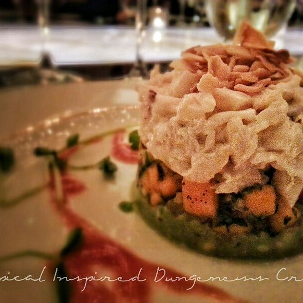 Tropical Inspired Dungeness Crab @ Hall Rutherford Winery