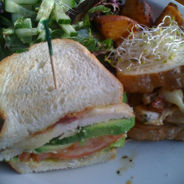 Dijon Chicken Sandwich @ Lazy Daisy Cafe The