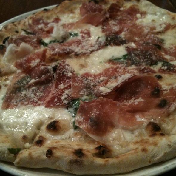 生ハムのチーズピザ @ PIZZA DA BABBO