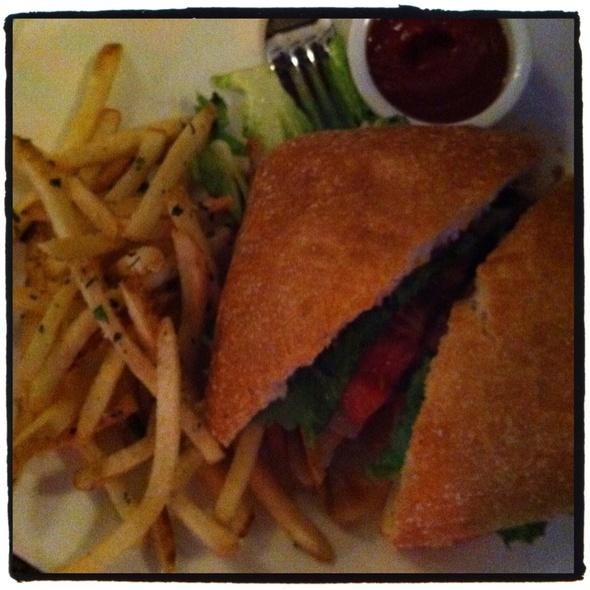 Tuscan Burger - Max Amore, Glastonbury, CT