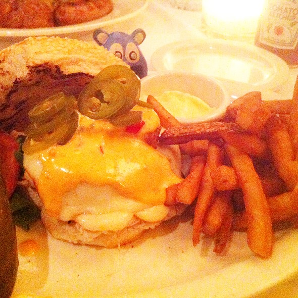 "Tysons ""Inferno"" Burger - Clyde's of Tysons Corner, Vienna, VA"