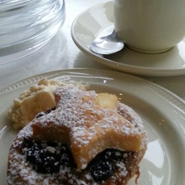 Christmas Mince Pie With Brandy  Buttercream Icing @ Kilkenny Design Centre Restaurant