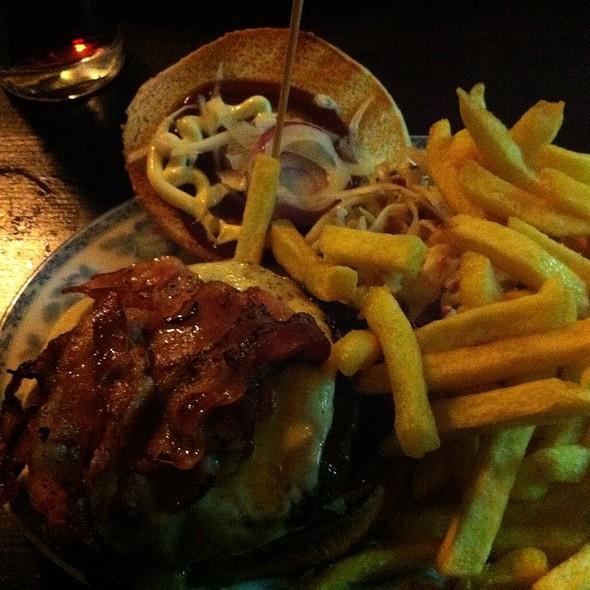 Bacon-Ei Burger @ Burgeramt