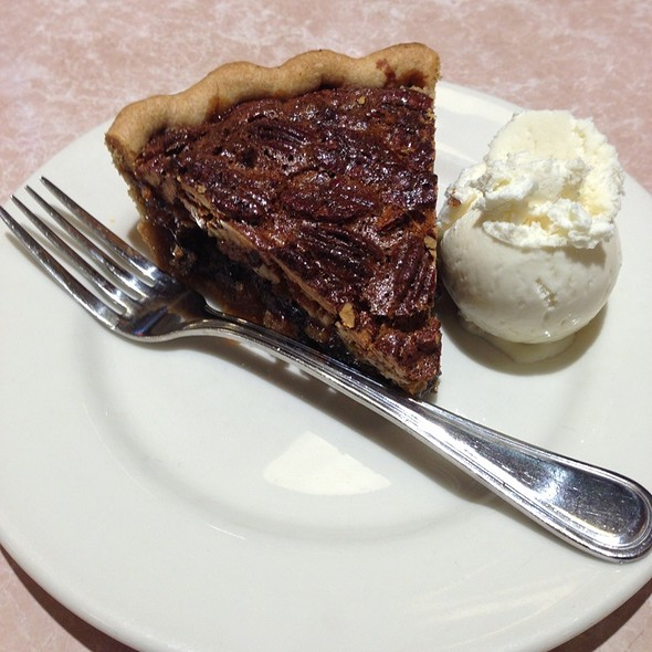 Warm Chocolate Pecan Pie