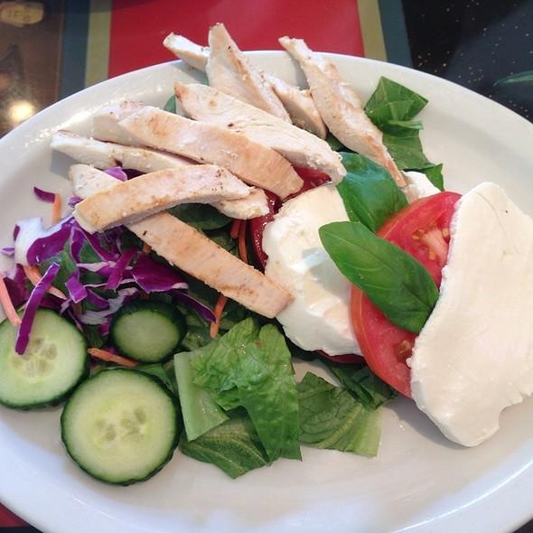 Chicken Caprese Salad @ Big Joes Burgers and Wings