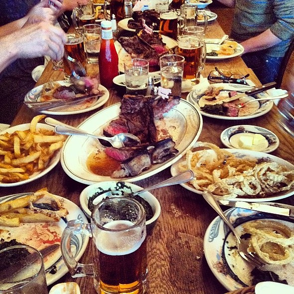 A quintessential Lager lunch. @ Peter Luger Steakhouse