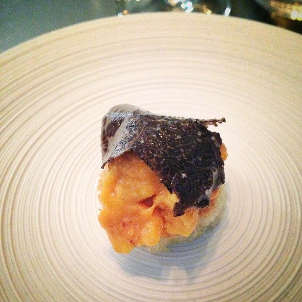 Japanese Urchin With Black Truffle
