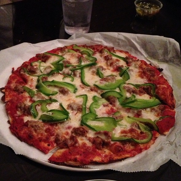 Sausage Garlic Green Pepper Pizza @ Chooch's Pizzeria