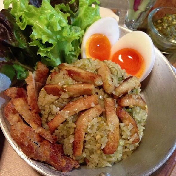 Nam Prik Noom Fried Rice @ Cafe & Etcetera By Kloset