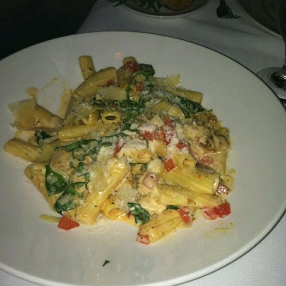 Chicken Pasta - Charlie Gitto's 'On the Hill', St. Louis, MO