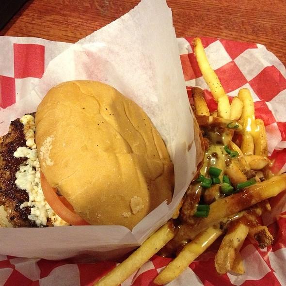 Bleu Cheese Burger - Dick's Last Resort - Mall of America, Bloomington, MN