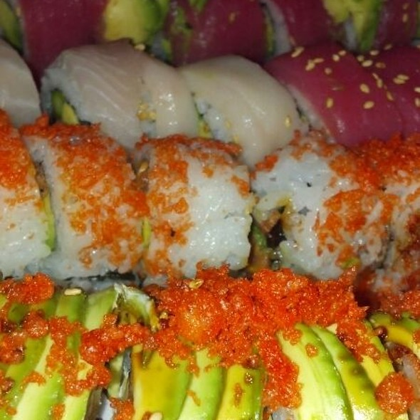 Crunchy Spicy Tuna Rolls & Shrimp Tempura Rolls - Oishi Japanese Restaurant, Orlando, FL