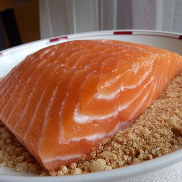 Salmon Gravlax @ Nafi's House